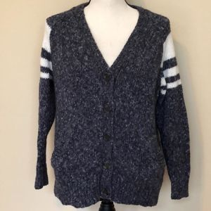 Forever 21 Button Up Sweater Size M